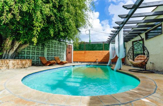 Beverly Hills 3BR+Guest House Дом в Беверли-Хиллз  700$/сутки