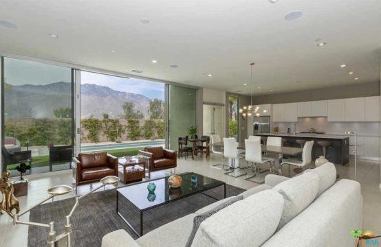 541 Skylar Ln, Palm Springs, CA 92262